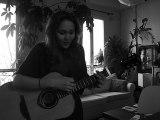 Blowing in the Wind, chanté par une russe/parisienne qui aime la route tout comme Dylan