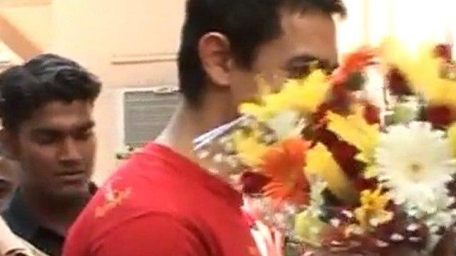 Aamir Khan celebrates his 47th BIRTHDAY