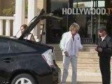 Rod Stewart verse bien en Beverly Hills