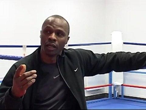 Questions de Regard 2011-2012: La boxe / avec Gineste Angui