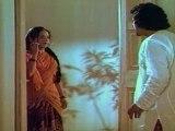 Vayasu Ponnu .Rojaramani Take Shelter In Muthuraman's House