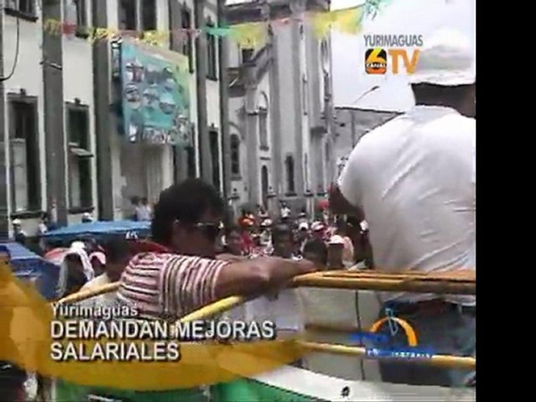 Yurimaguas Profesores del Alto Amazonas marchan en demanda de mejoras salariales