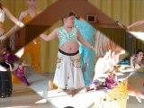 ***************spéctacle de danse oriental a manon et cassandra*************