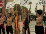 Censored Femen: Paris Nudite - Liberte manifesto Protest