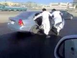 Humour Faire du ski en sandale sur l'autoroute !!