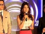 Shahrukh Khan, Shahid Kapoor And Akshay Kumar Are Extremely Photogenic says Priyanka Chopra