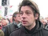 Benjamin Biolay au rassemblement pour François Hollande à Paris-Vincennes