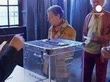 Fransa'da seçim öncesi liderler son kozlarını oynuyor