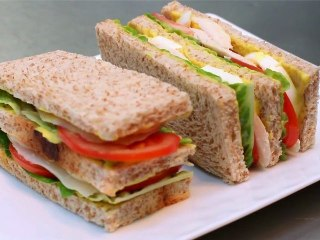 CYRIL LIGNAC - SAVOIR FAIRE UN CLUB SANDWICH
