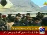 Pakistan president visits avalanche scene