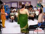 Parvarish Kuch Khatti Kuch Meethi - 19th April 2012 Video Pt4