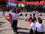 Gülek Atatürk İlköğretim Okulu  23 Nisan 2012 - 1. Sınıf Müzikli Dans Gösterisi