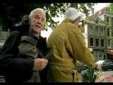 Leslie Nielsen cuts his legs off in Amsterdam