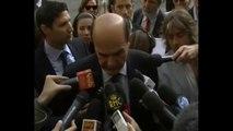 Bersani - Non c'è il diluvio dopo Berlusconi, adesso c'è il diluvio