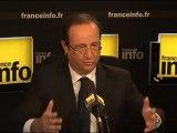 """Hollande : Bayrou a compris que Sarkozy était """"dans dans une fuite en avant"""""""