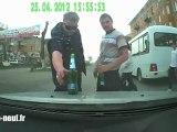 Road Rage en Russie avec deux ivrognes