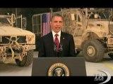 Obama in Afghanistan: la sconfitta di al Qaeda è vicina. Visita a sorpresa per firmare accordo con Karzai
