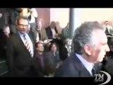 Francia, Bayrou vota Hollande ma lascia libertà a suoi elettori. Centrista dice no a Sarkozy per aperture ad estrema destra