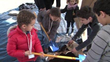 Vidéo de présentation de la réactivation de l'œuvre Jardin suspendu, Mona Hatoum
