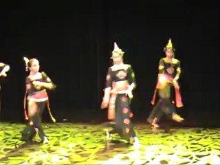[mai 2011] ගජගා වන්නම - gajagā vannama (danse de l'éléphant)