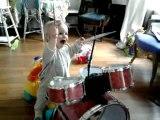 """""""Shake it baby"""" le bébé batteur"""