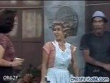 CHAVES - Florinda dá um tapa na cara de Seu Madruga