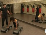 Sports Loisirs : Se musculer les pectoraux avec un step