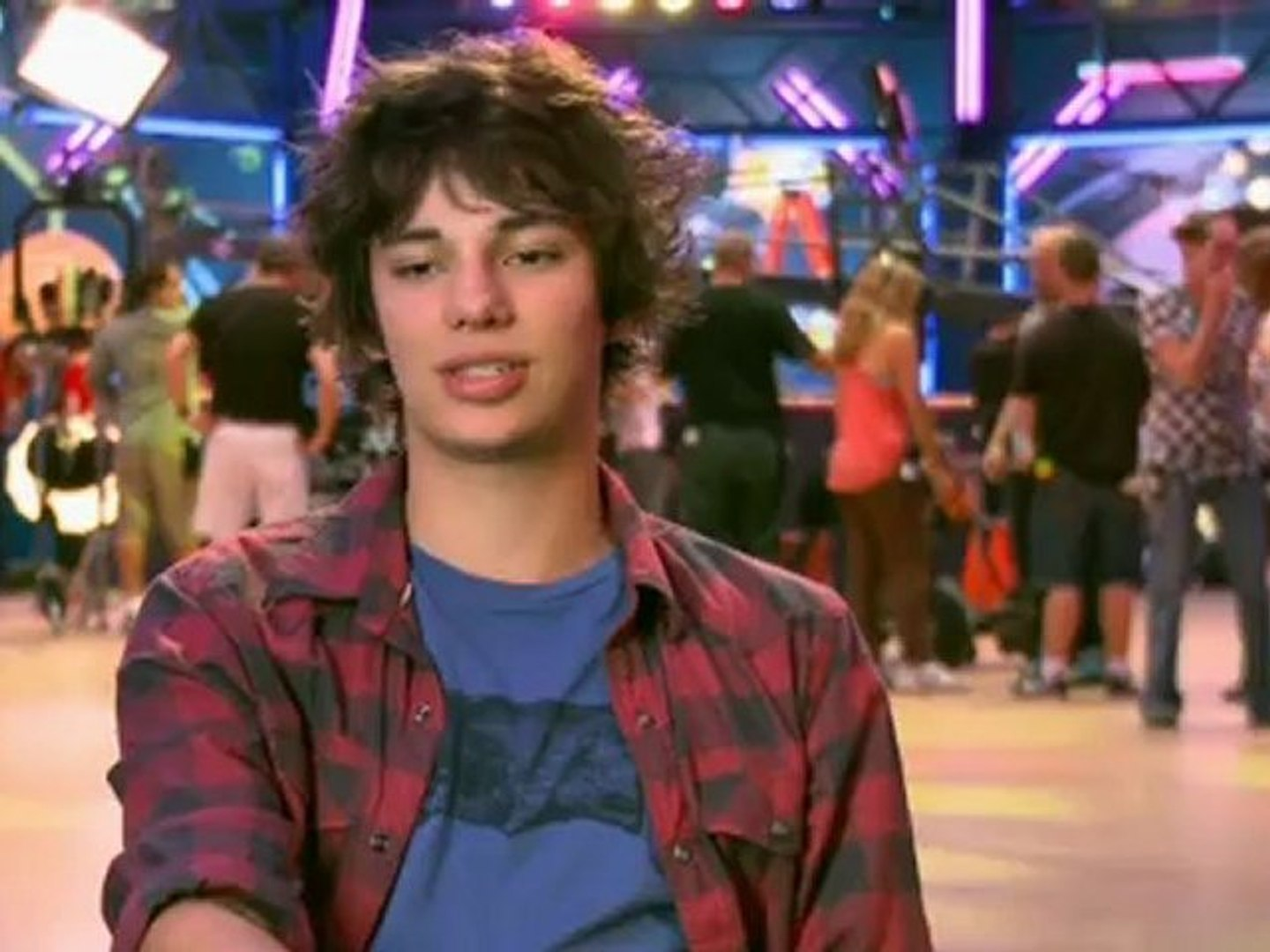 Diary Of A Wimpy Kid 2 Rodrick Rules Exclusive Behind The Scenes Feature Video Dailymotion