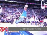 Top 5 : le pire dunk du monde, 60 000 dominos et l'incroyable talent d'un chien