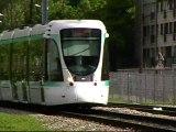 Citadis302 : A l'approche de la station Musée de Sèvres sur la ligne T2 du Val de Seine
