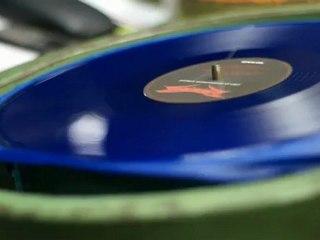 Slide vidéo de Combo CD+Vinyle