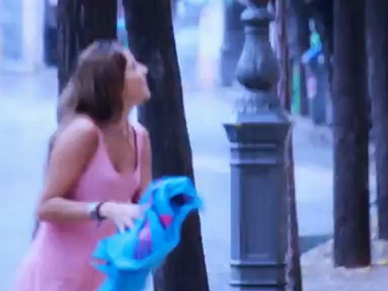 Ano De Chica Adolescente Desnuda chica se desnuda en plena calle? 20120413-pk - vídeo dailymotion