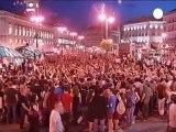 Espagne: des Indignés appellent les clients de la...