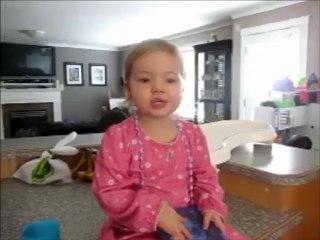 2-godišnja Djevojčica Pjeva Kao Adele. Nešto Najslađe Što Ćete Pogledati.