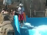 planetelol.free.fr Bodyboard sur un toboggan aquatique my-gooz.com planete-lol