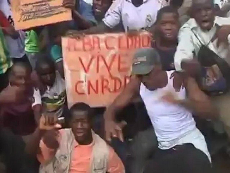 Mali president hurt in attack