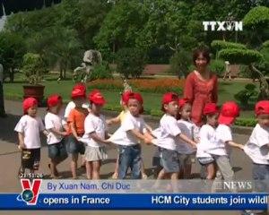 VNA News in English online, May 21, 2012, VNEWS - Truyền hình Thông tấn xã Việt Nam