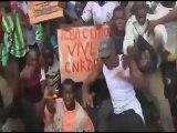 Cuntacılar Sarayı Basıp Başkan'ı Dövdüler!