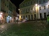 BRESIL: Cela bouge au son des percutions du coté de Salvador de Bahia.