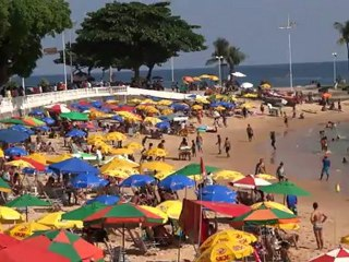 BRESIL: La plage de Salvador de Bahia