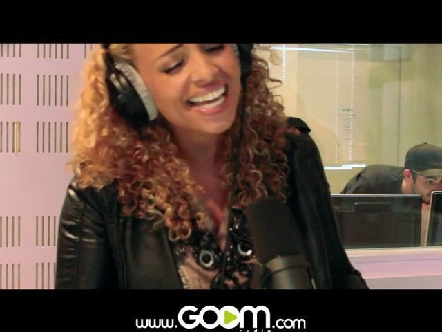 "DJ ROC-J feat Kayna Samet en live exclusif dans "" Yes we party "" (GOOMRADIO)"