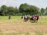 Course de poneys à Simplé plat pour poneys de 1,11m à 1,21m avec une chute en prime !