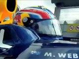 Mark Webber pone a prueba el Infiniti M37S en el circuito de Silverstone