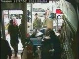 """Les images de l'arrestation du """"dépeceur canadien"""""""