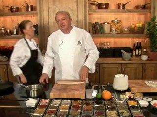 Alfons Schuhbeck kocht Gebratener Lachs-Zander-Strudel auf www.321kochen.tv