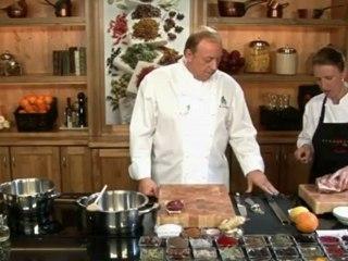 Alfons Schuhbeck kocht Szegediner Gulasch auf www.321kochen.tv