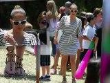 Jennifer Lopez Caught Wearing a Ring