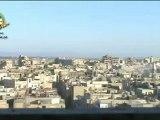 Syria فري برس هااااام جدا لحظة سقوط القذائف على منازل المدنيين في حي الخالدية بحمص وتصاعد الدخان الكثيف الذي يغطي الحي  8 6 2012 Homs