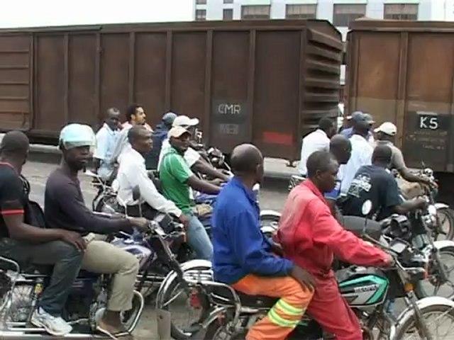 Journée mondiale de la sécurité routière aux passages a niveau