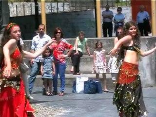 Danza del Vientre en Grao con Belén Novo y Asshifaa Nur